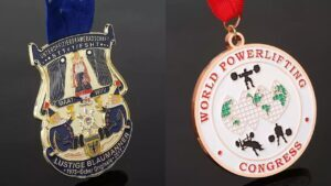 Customize the most beautiful women's weightlifting Medals
